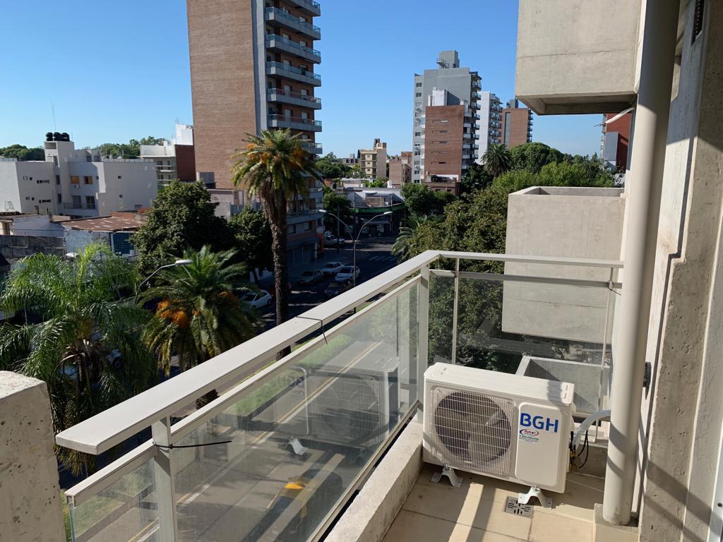 Foto Departamento en Alquiler en  Echesortu,  Rosario  AV. FRANCIA al 1400