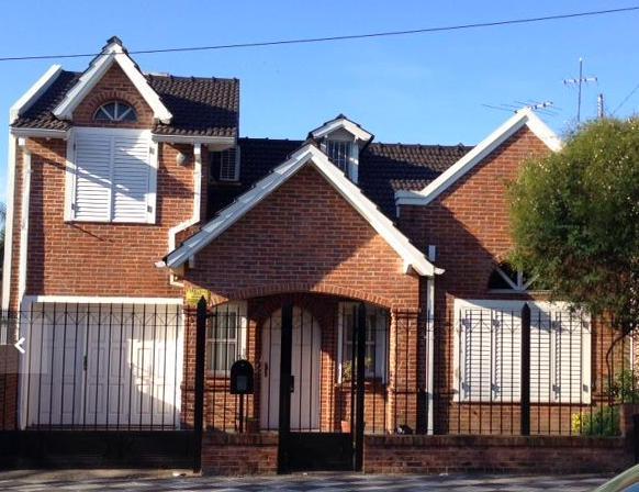 Foto Casa en Venta en  Monte Grande,  Esteban Echeverria  General Paz al 500