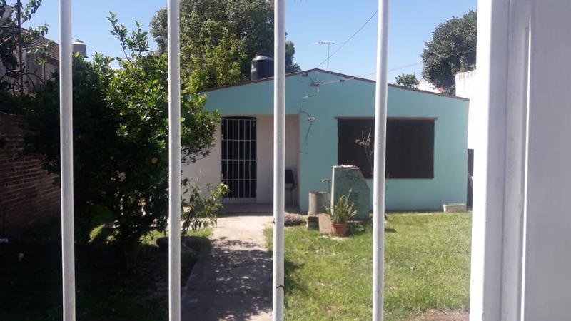 Foto Casa en Alquiler en  San Miguel ,  G.B.A. Zona Norte  Mendoza 200