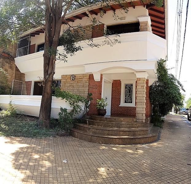 Foto Oficina en Alquiler en  Mcal. Lopez,  San Roque  Zona Quinta del San José
