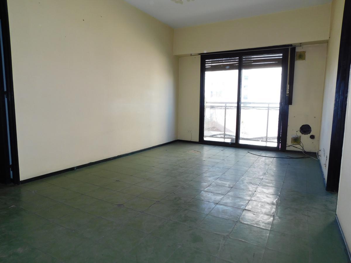 Foto Departamento en Venta en  Microcentro,  La Plata  Departamento venta 55 8 y 9 3 ambientes 2 dormitorio La Plata