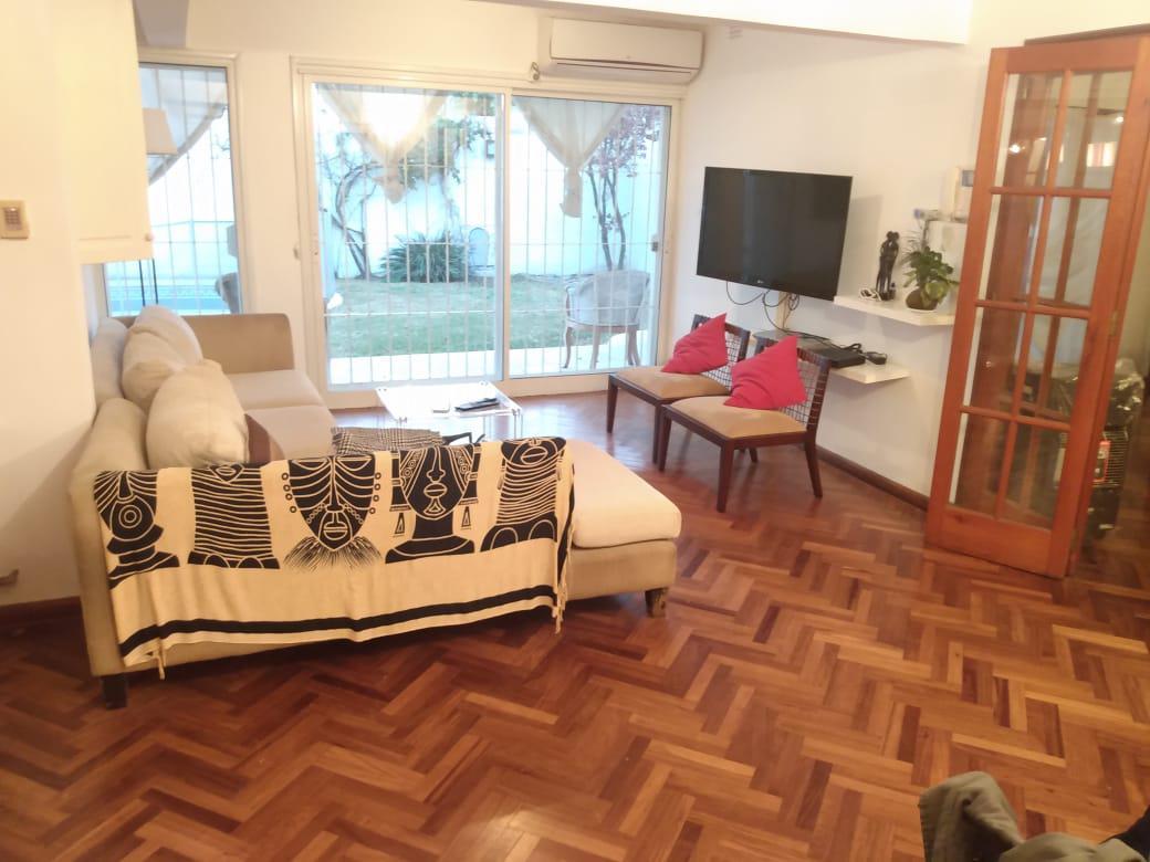 Foto Casa en Venta en  Urca,  Cordoba  Urca - Impecable casa para una familia -  Pileta