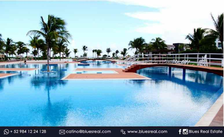 Picture Apartment in Sale in  Playa del Carmen,  Solidaridad  For sale Penthouse in Mareazul | Blues Real | Code 236
