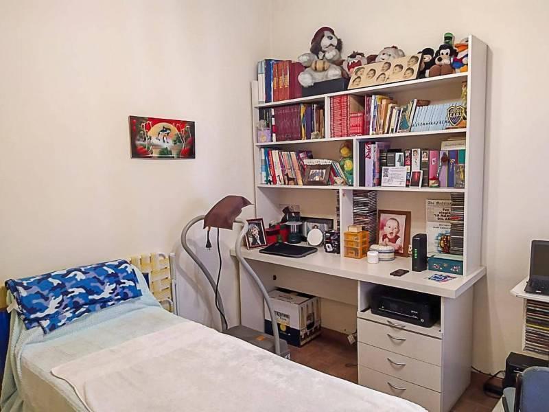 Foto PH en Venta en  Sarandi,  Avellaneda  Doctor Estanislao Zeballos   al 2900