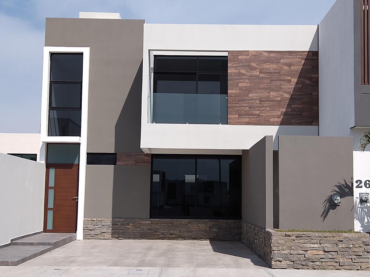 Foto Casa en Venta en  La Riviera Veracruzana,  Alvarado  Lomas de la Rioja con Alberca y Roof Garden