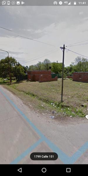 Foto Terreno en Venta en  La Plata ,  G.B.A. Zona Sur  610 entre 15 y 16