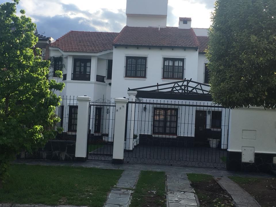 Foto Casa en Venta en  Capital ,  Salta  Av. Savio al 800