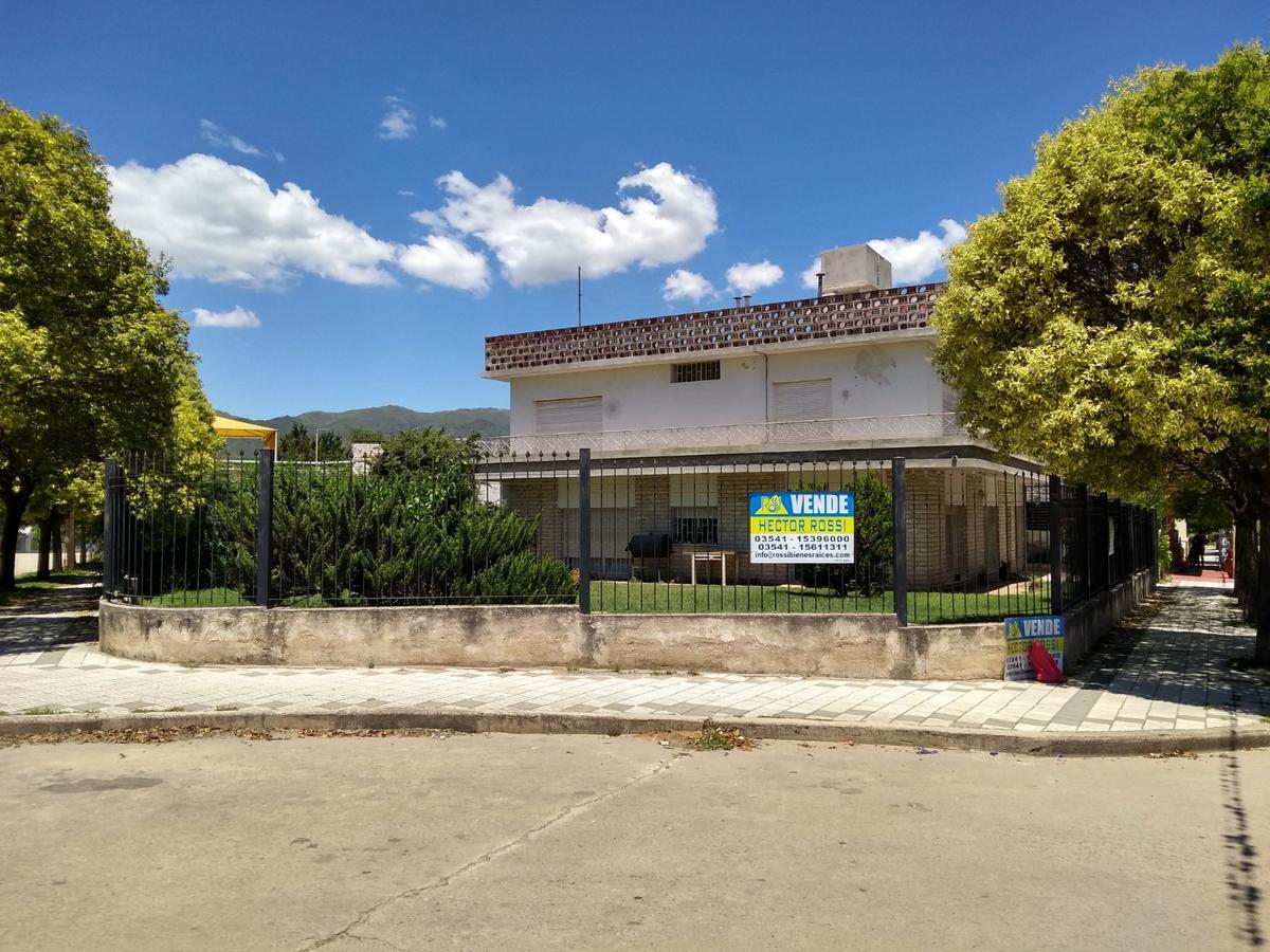 Foto Casa en Venta en  Villa Pan de Azucar,  Cosquin  Juan B. Justo al 400