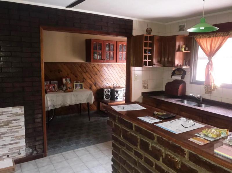 Foto Casa en Venta en  Lomas de Zamora Oeste,  Lomas De Zamora  Beltran 960