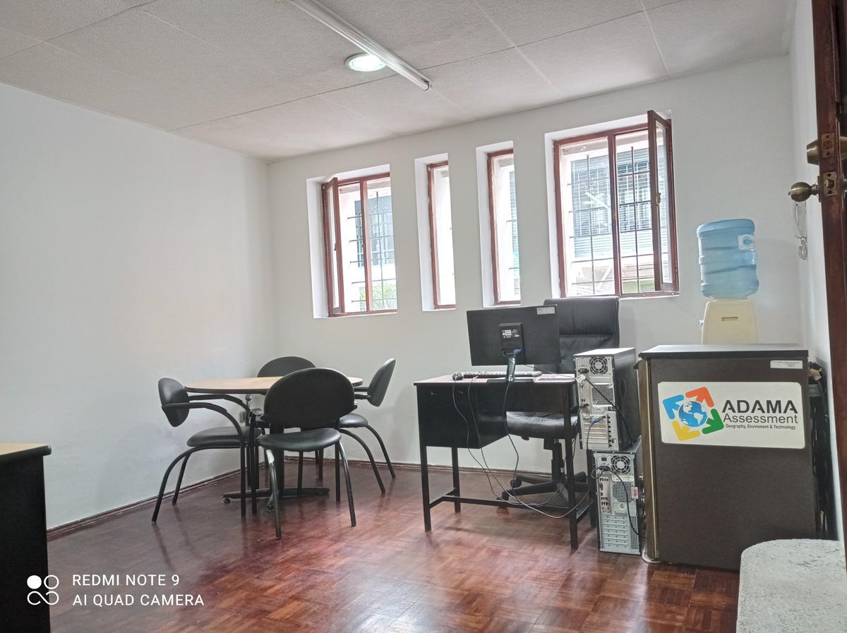 Foto Local Comercial en Venta en  Centro de Quito,  Quito  Caldas y Guayaquil