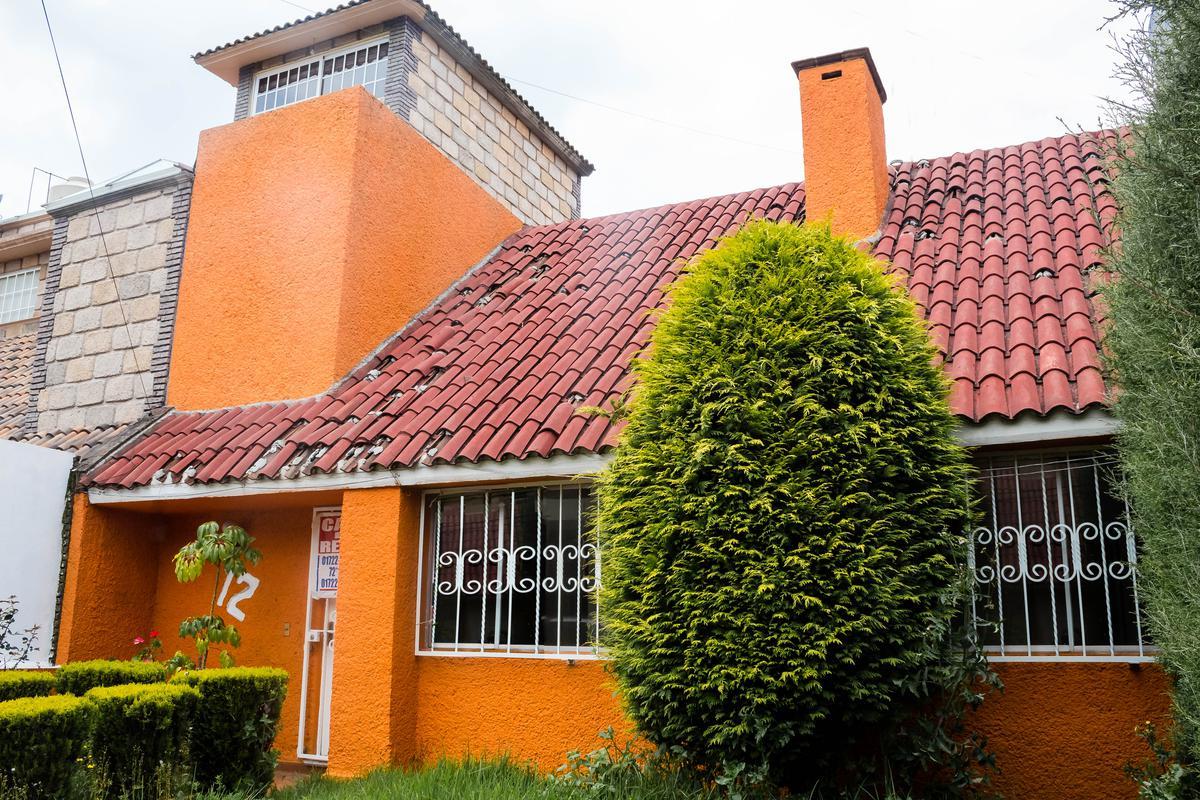 Foto Casa en Renta en  San Pedro Totoltepec,  Toluca                  Calle Retorno Álvaro Obregón No. de Casa 12 Fraccionamiento Sor Juana Inés de la Cruz