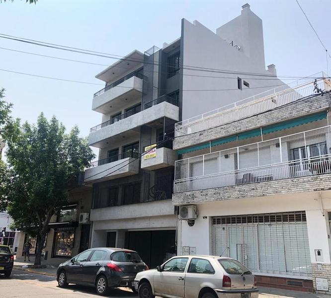 Foto Departamento en Venta en  Pichincha,  Rosario  Guemes  2678 2° D