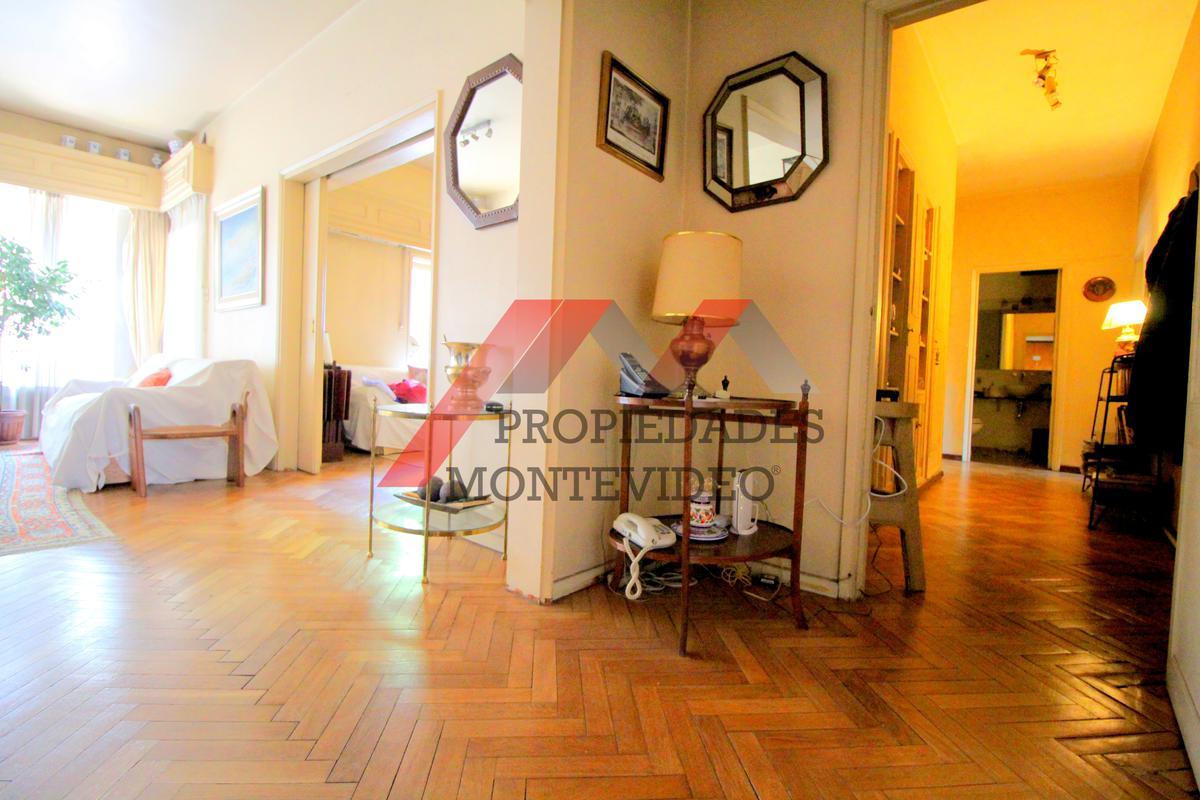 Foto Apartamento en Venta en  Pocitos ,  Montevideo  Av.Brasil 2800 esq Santiago Vázquez