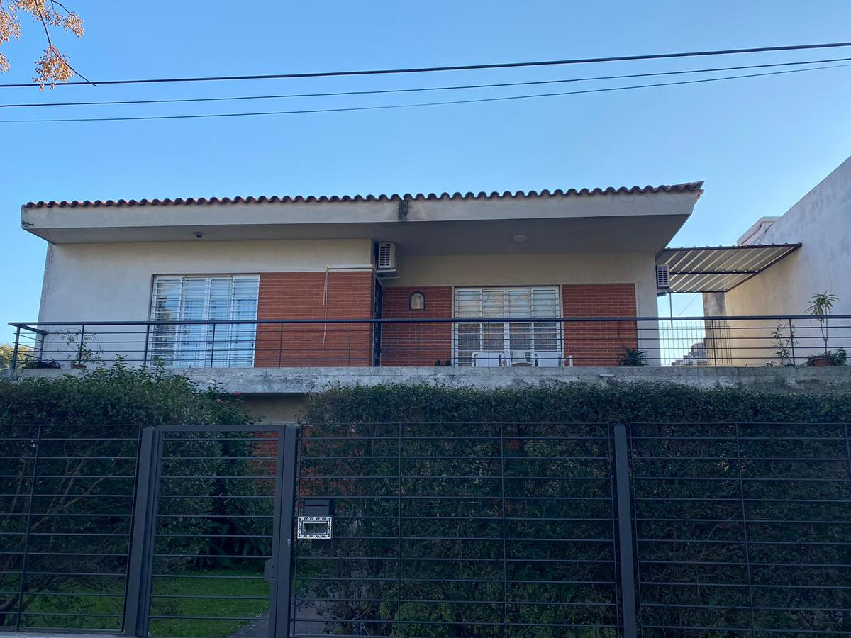 Foto Casa en Venta en  Malvín ,  Montevideo  Malvin