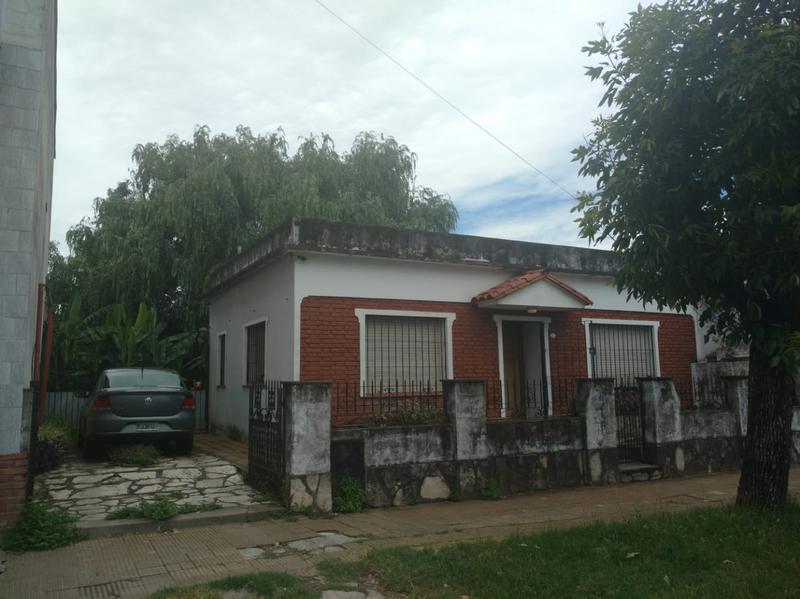 Foto Casa en Venta en  Bella Vista,  San Miguel  Lebensohn al 100