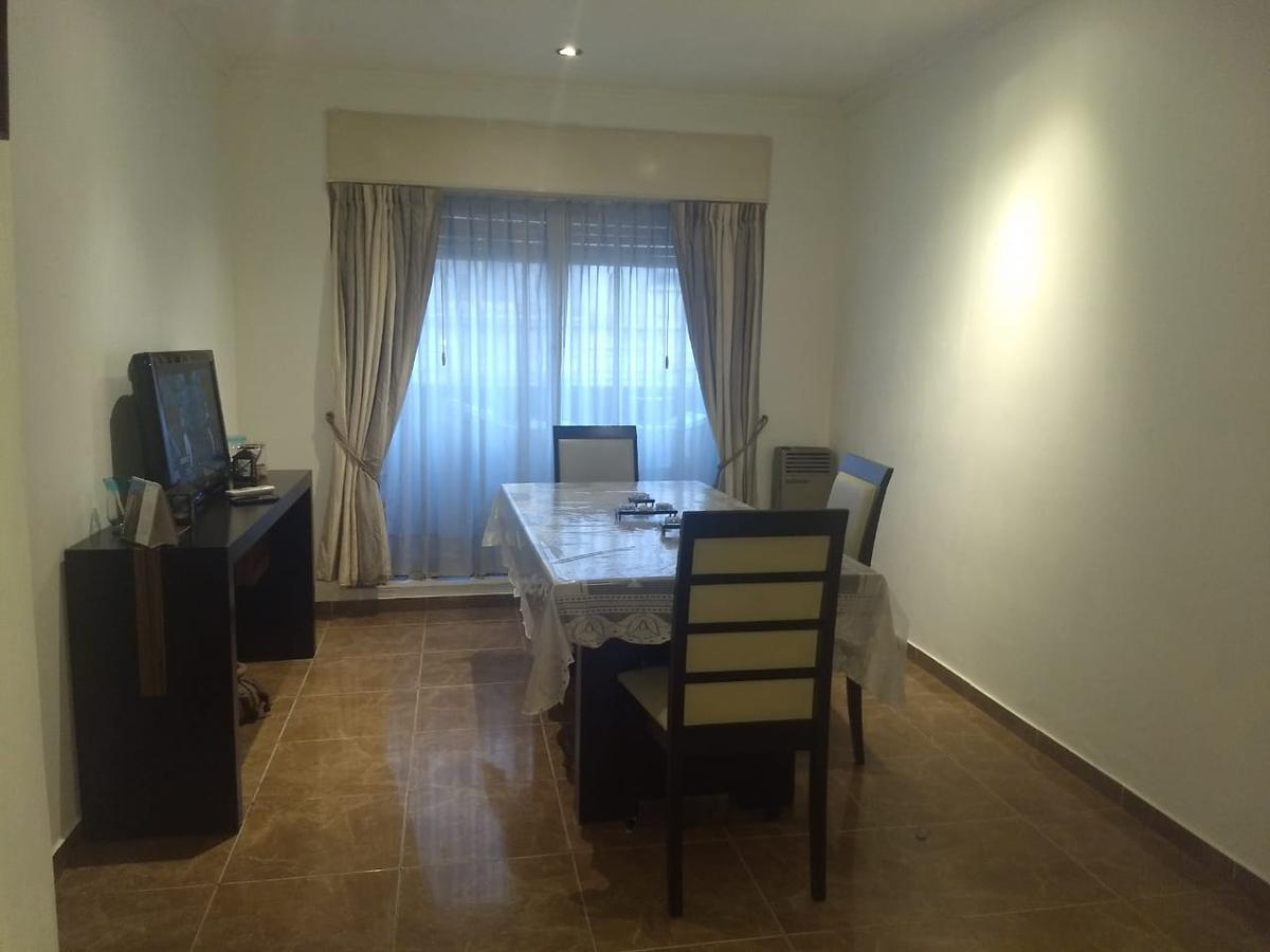 Foto Departamento en Alquiler en  Almagro ,  Capital Federal  Salguero al 500