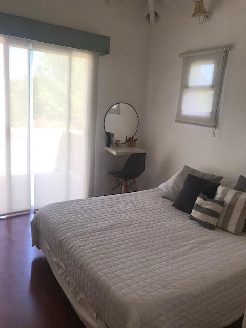 Foto Casa en Venta en  Los Jazmines,  Pilar Del Este  Pilar del Este, Los JAzmines al 300