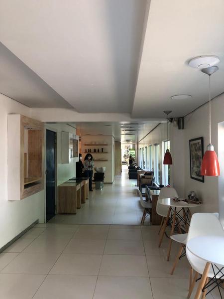 Foto Local en Alquiler en  Mcal. Lopez,  San Roque  Zona Club Centenario