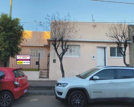 Foto Casa en Venta en  Concordia,  Concordia  Ituzaingó al 1100