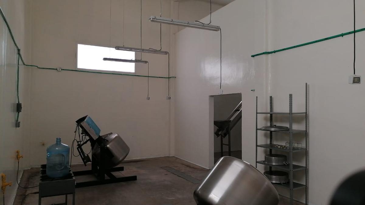 Foto Bodega Industrial en Renta en  Congregacion Comanjilla,  Silao  Bodega en RENTA , Bodega LIMPIA para elaboración de alimentos, procesos incontaminados o similares