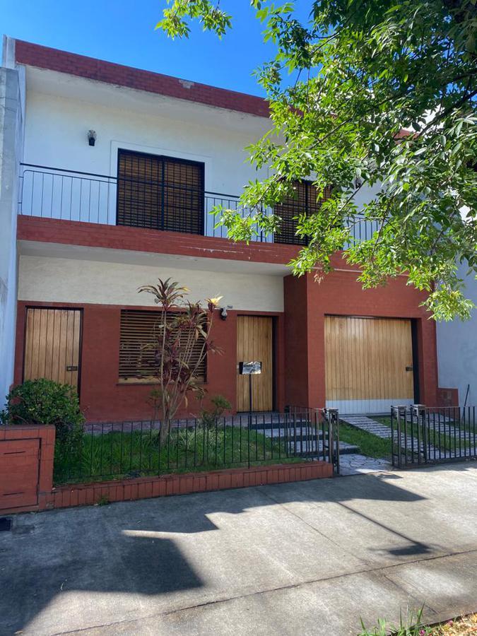 Foto Casa en Venta en  Villa Pueyrredon ,  Capital Federal  Habana al 2600