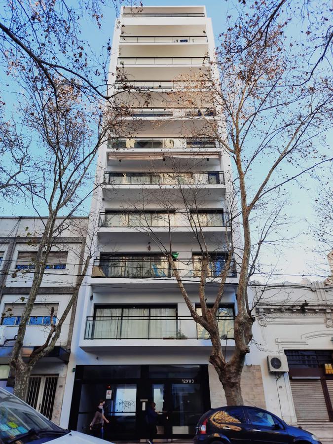Foto Departamento en Venta en  Plaza Rocha,  La Plata  6 e/58y59 (5ºB)