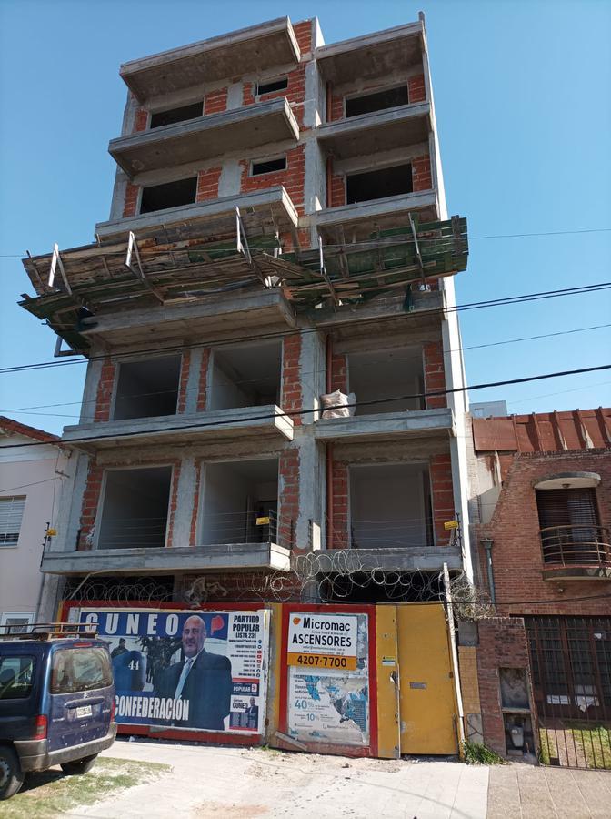 Foto Departamento en Venta en  Wilde,  Avellaneda  Bragado Al  6300