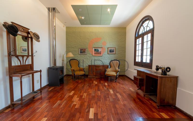 Foto Casa en Alquiler en  Parque Batlle ,  Montevideo  Próxima a Universidad Católica.