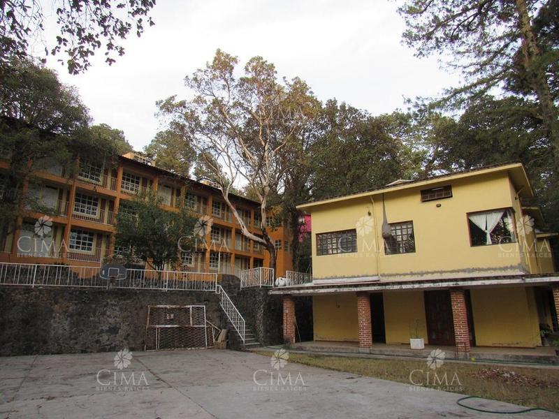 Foto Casa en Venta en  Huitzilac ,  Morelos  VENTA CLINICA HOTEL LA PALMA, HUITZILAC - V53