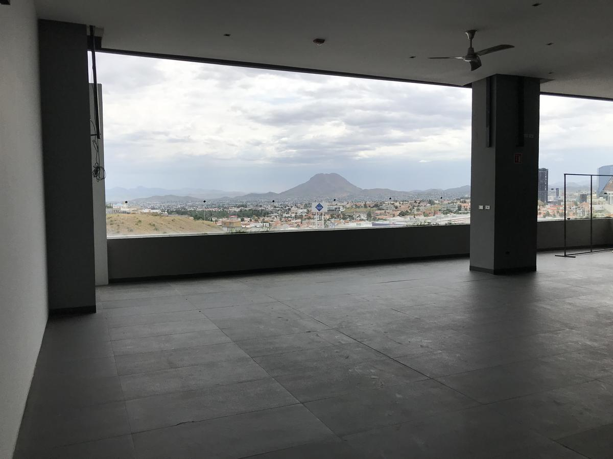 Foto Local en Renta | Venta en  Cumbres,  Chihuahua  Venta y Renta local Plaza High Square  ( 187 m2 ) ( Piso 4 ) / terraza , antes Rest .