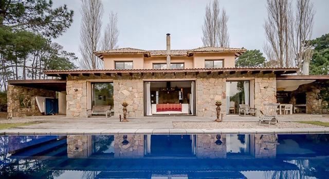 Foto Casa en Alquiler temporario en  La Arbolada,  Jardines de Cordoba  La Arbolada