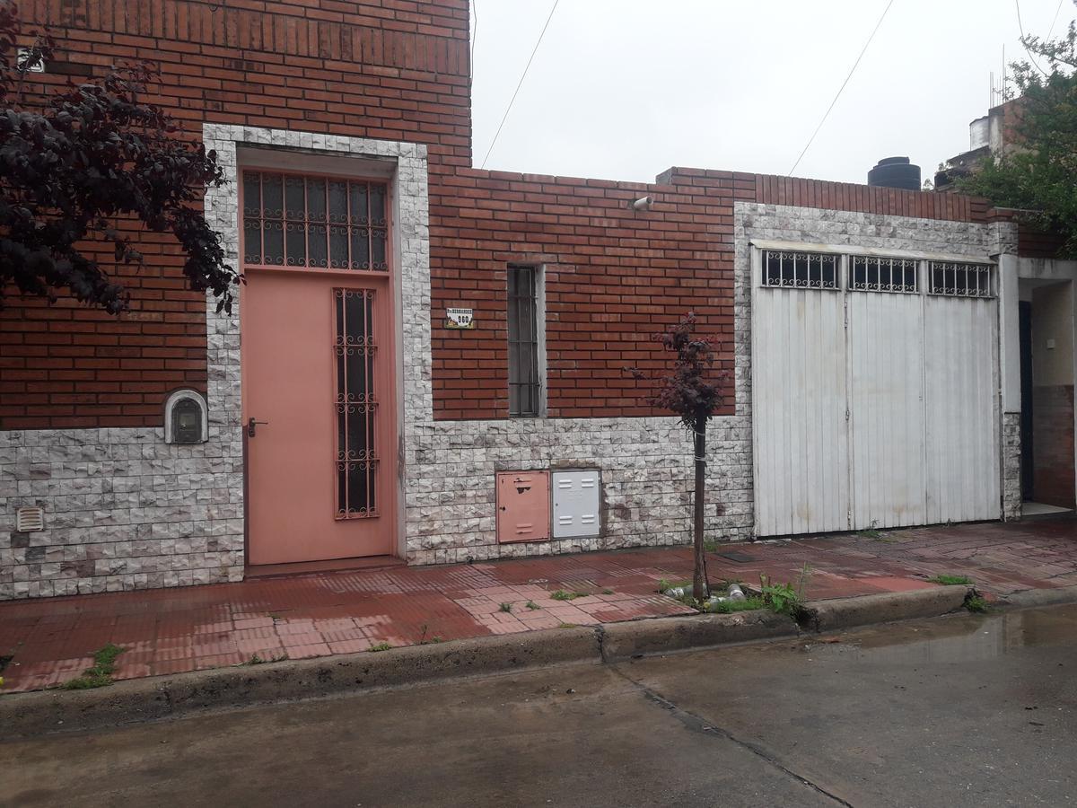 Foto Casa en Alquiler en  Cofico,  Cordoba  Pasaje Hernandez al 900