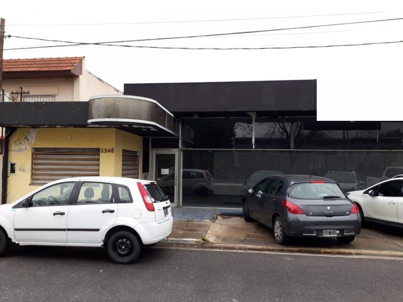 Foto Galpón en Alquiler en  La Plata ,  G.B.A. Zona Sur          13 y 518