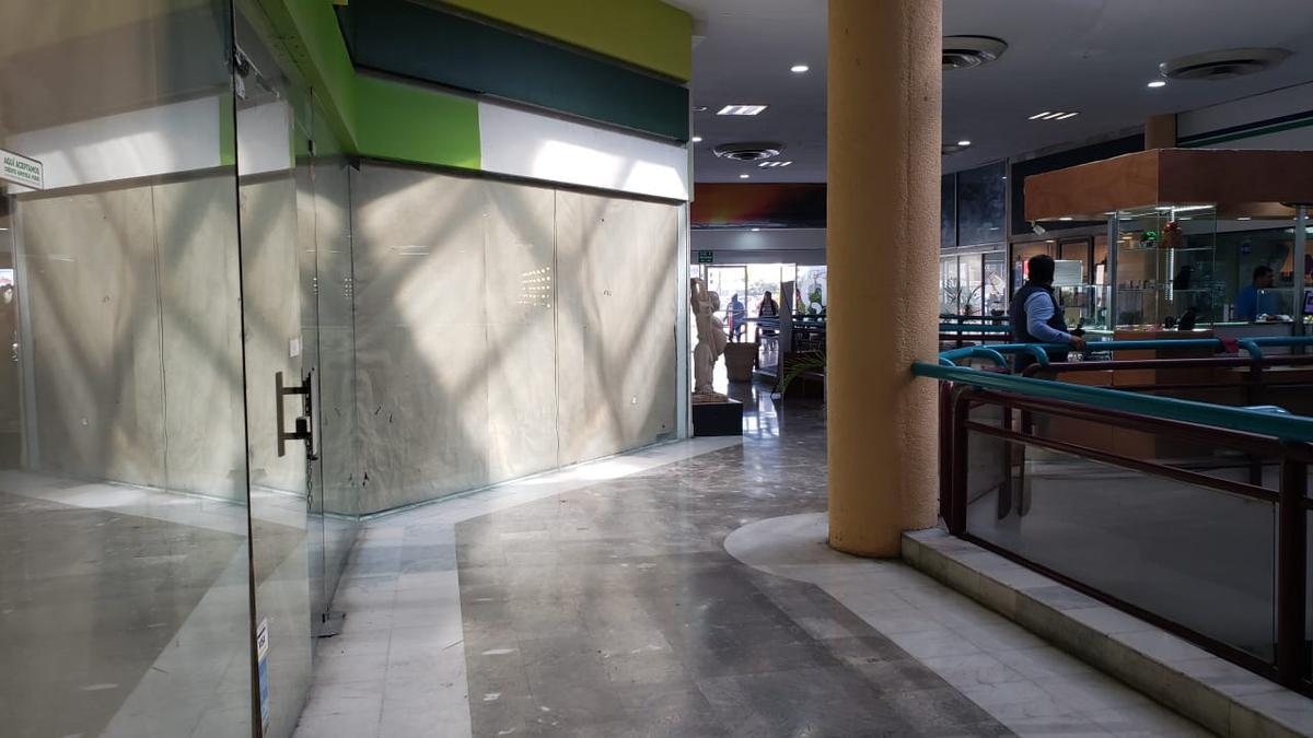 Foto Local en Renta en  San Pedro Garza Garcia ,  Nuevo León  PLAZA  SAN PEDRO