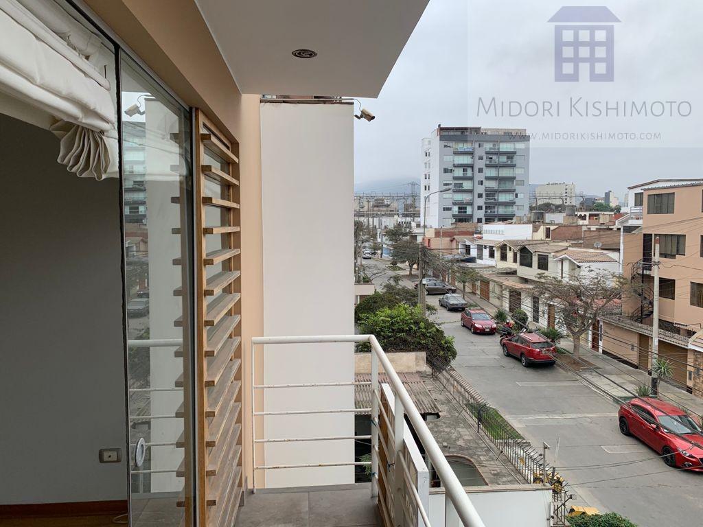 Foto Departamento en Venta en  Surquillo,  Lima  Emily Car