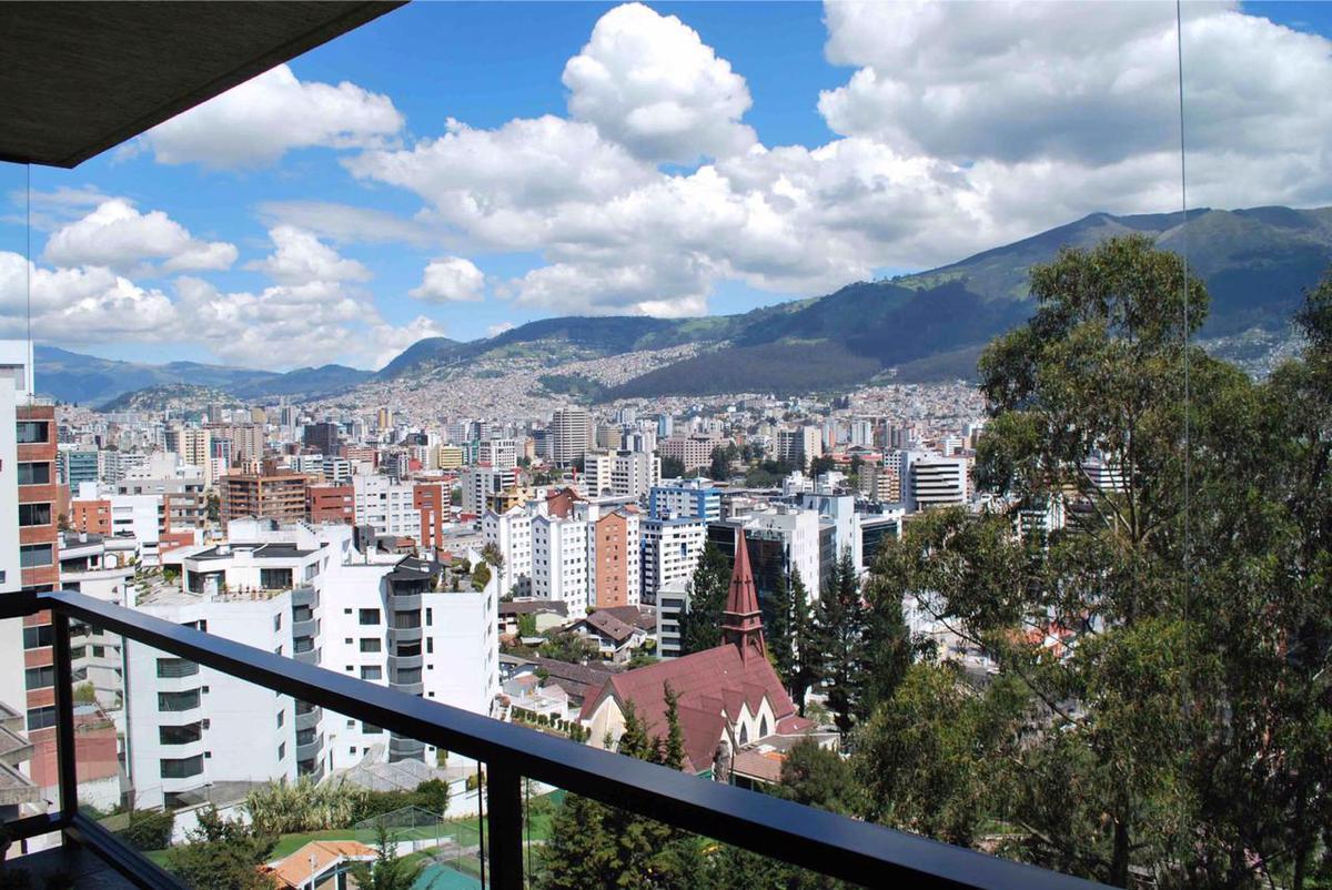 Foto Departamento en Alquiler en  Quito ,  Pichincha  Quito, Coruña y Manuel Barreto
