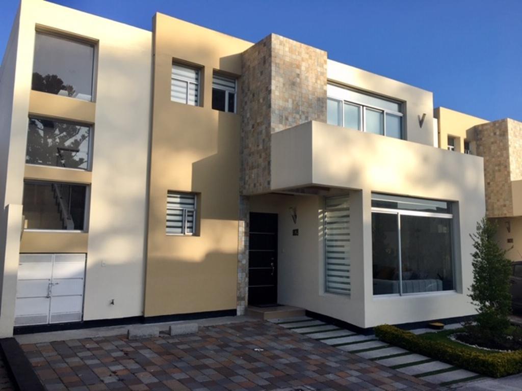 Foto Casa en Venta en  Tumbaco,  Quito      Casa de 3 dormitorios, conjunto privado,  sector Hilacril