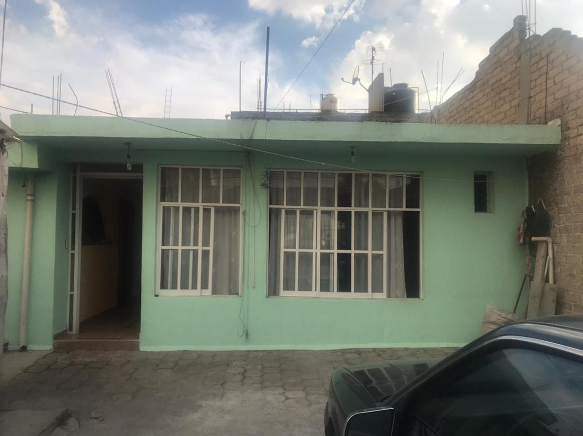 Foto Casa en Venta en  San Lorenzo TepaltitlAn Centro,  Toluca  Casa de una planta Sn Lorenzo Tepaltitlán