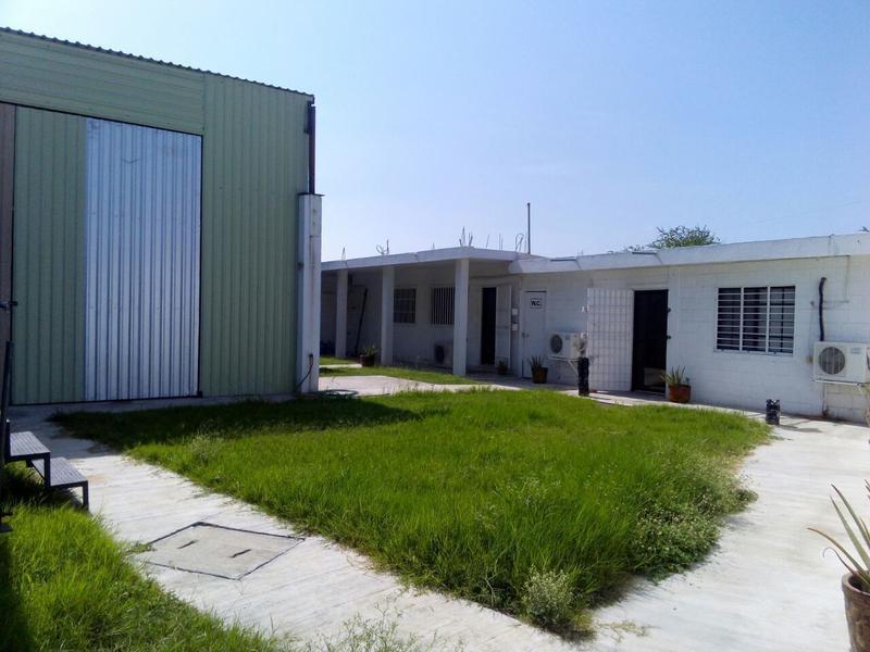 Foto Bodega Industrial en Venta en  Miradores de La Presa,  Tampico  CBV1500E-285 CBR1501E-285  De La Presa Bodega