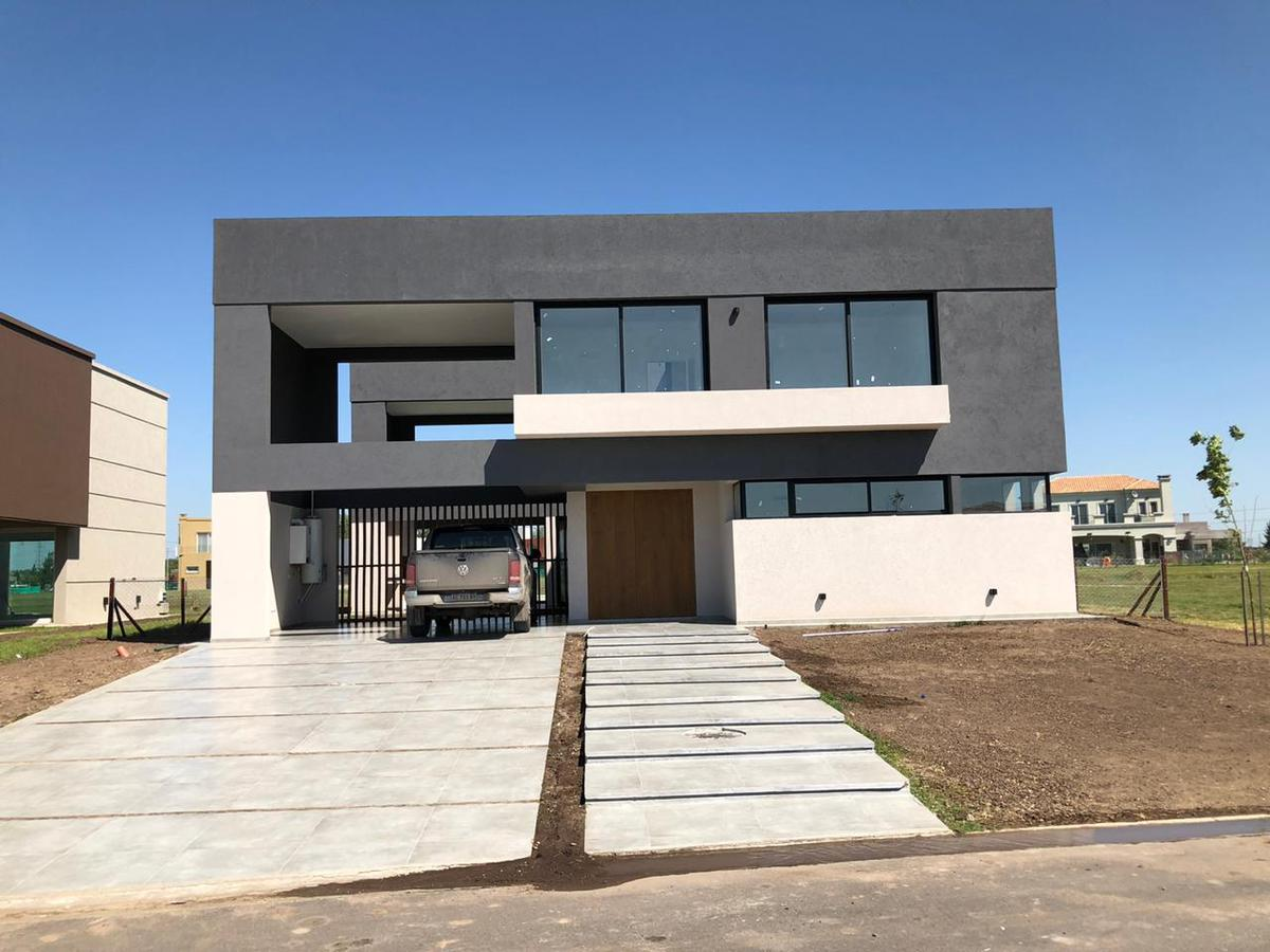 Foto Casa en Venta en  Canning (Ezeiza),  Ezeiza  Ruta 52