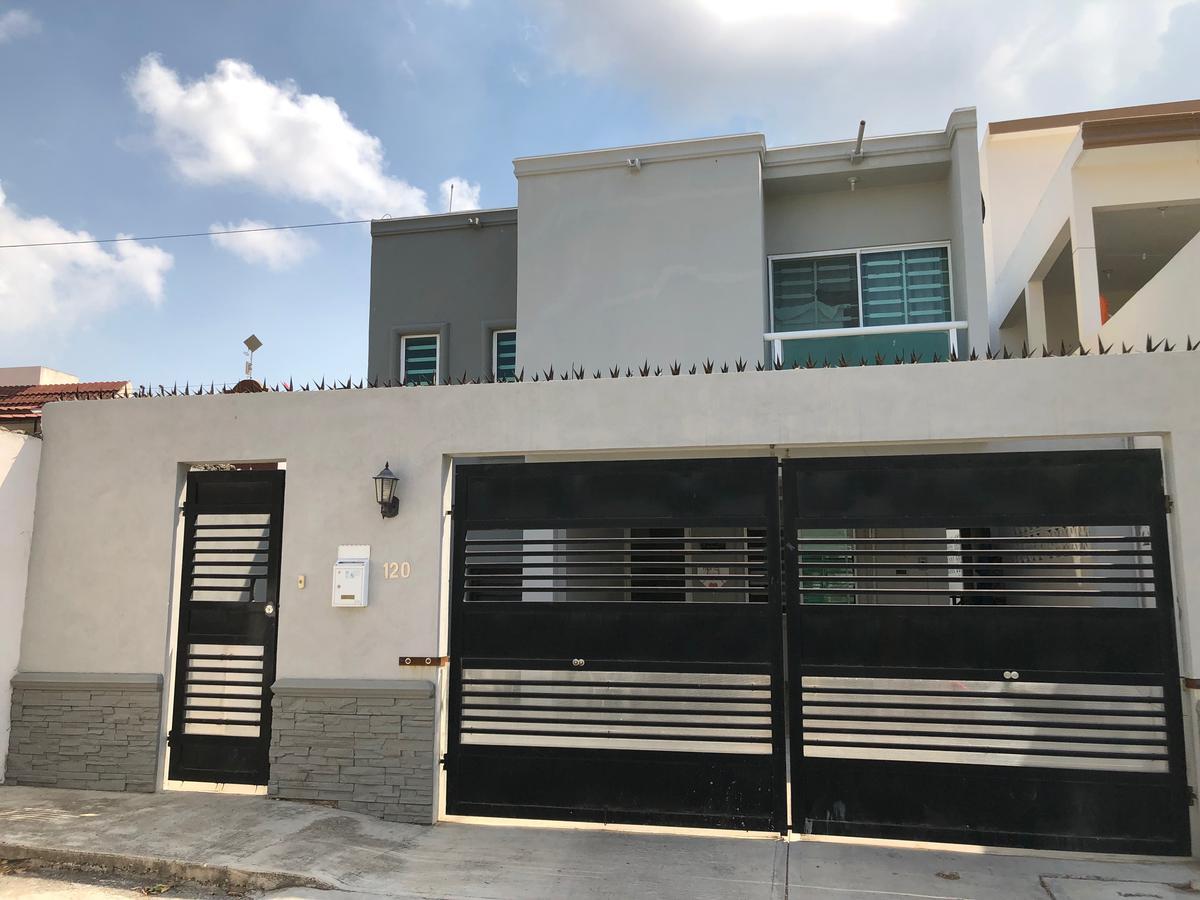 Foto Casa en Venta en  Fraccionamiento Polvorín,  Ciudad Madero  Casa en Col. El Polvorin