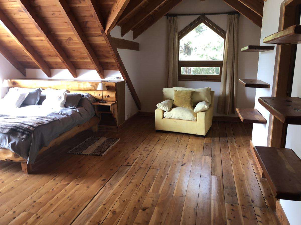 Foto Casa en Venta en  Arelauquen,  Bariloche  ARELAUQUEN -COUNTRY CLUB
