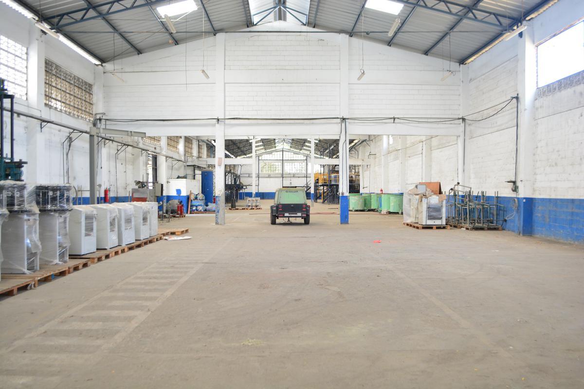 Foto Nave Industrial en Venta | Alquiler en  Norte de Guayaquil,  Guayaquil  km. 16.5 de la Vía Guayaquil - Daule .Lotización Parque Industrial Pascuales