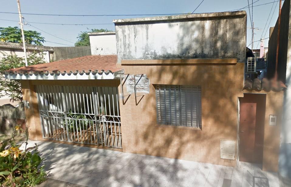 Foto Casa en Venta en  Santa Fe,  La Capital  VELEZ SARDFIELD al 5200