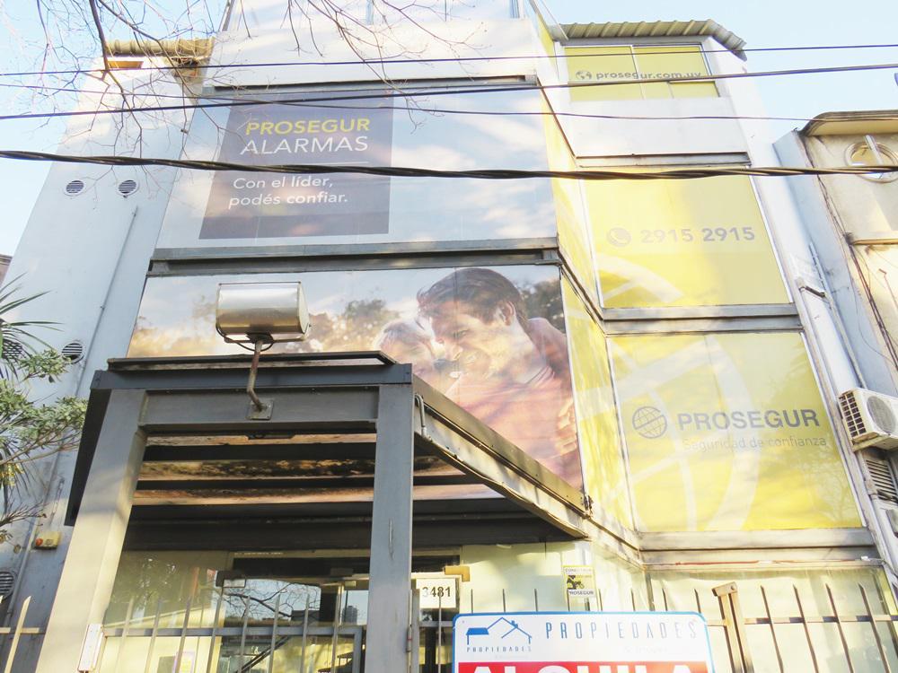 Foto Local en Alquiler en  Jacinto Vera ,  Montevideo  Bulevar Artigas y Penco