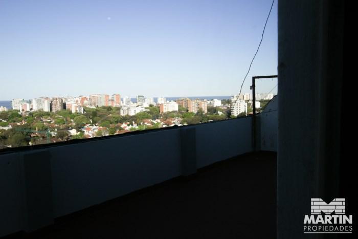 Foto Departamento en Venta en  Olivos-Vias/Maipu,  Olivos  ROMA al 1400