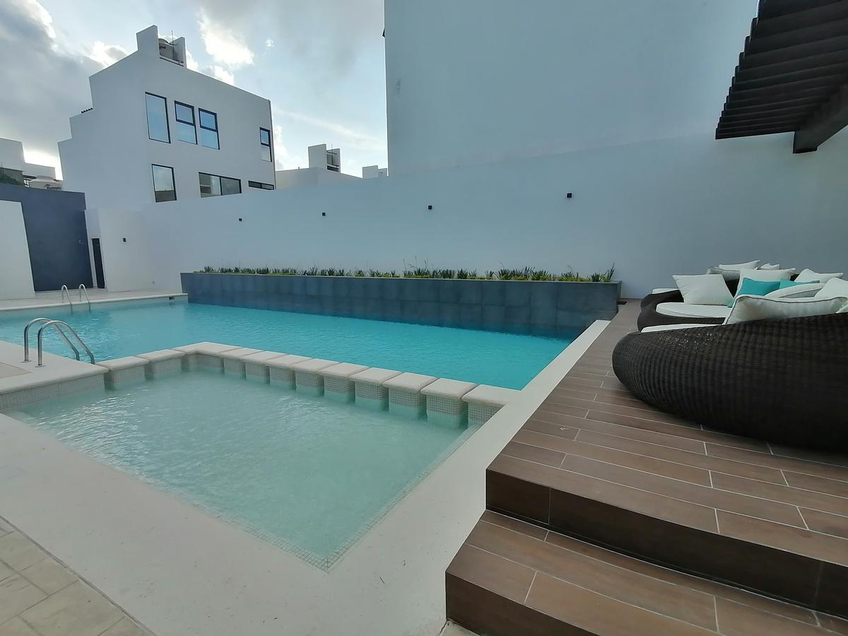 Foto Casa en Venta en  Encuentro Residencial,  Playa del Carmen  CASA EN VENTA EN PLAYA DEL CARMEN EN RESIDENCIAL ARGU