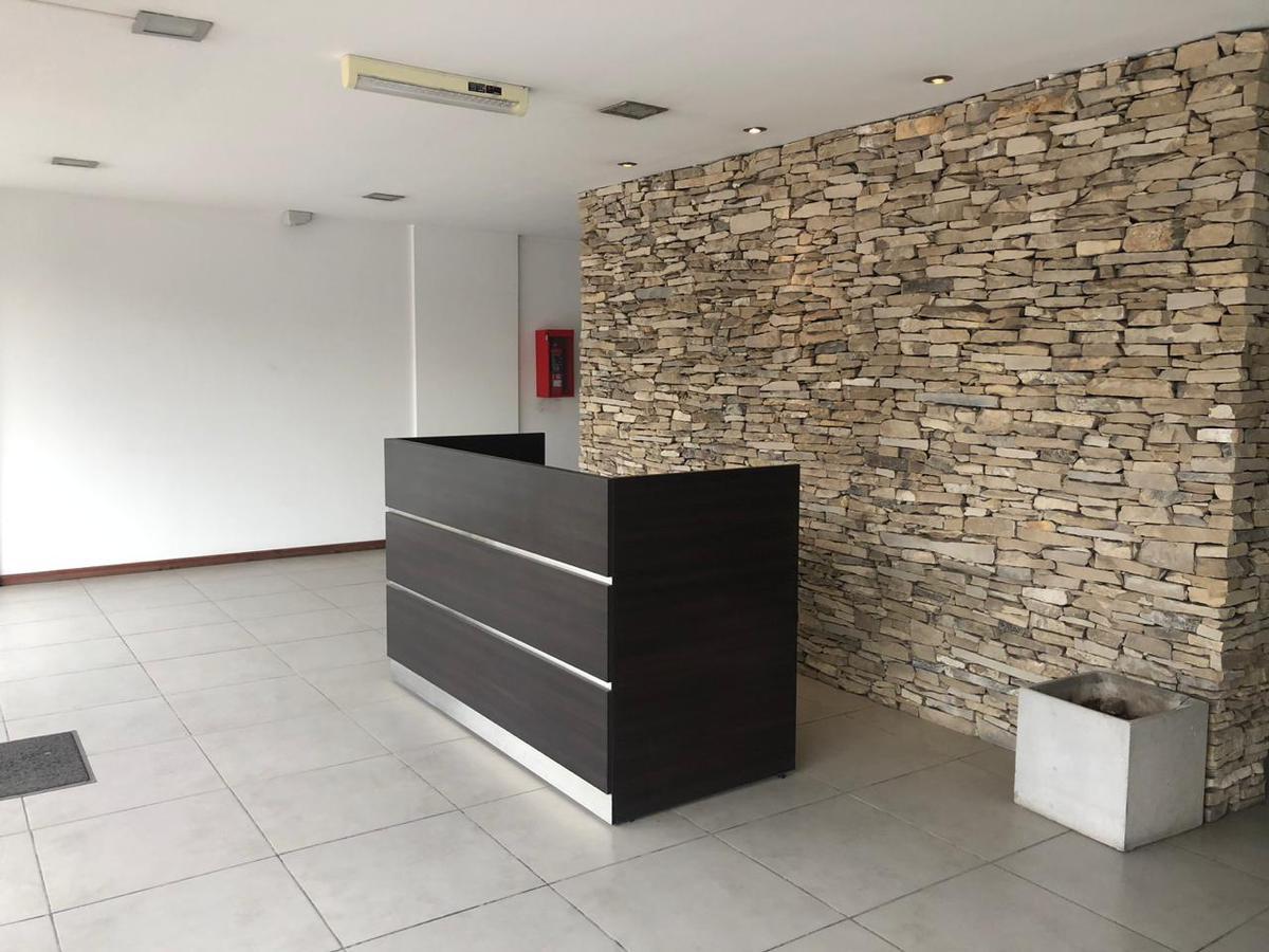 Foto Oficina en Alquiler en GRAHAM BELL, A. entre CORVALAN y GAONA, AVDA., Moreno | Paso Del Rey | Graham Bell