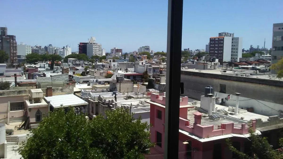 Foto Apartamento en Alquiler en  Pocitos ,  Montevideo  Av Brasil esq Coronel Alegre - 1 dorm con calefacción