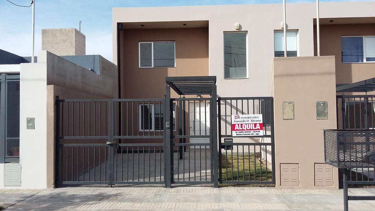 Foto Casa en Alquiler en  Capital ,  Neuquen  Terrazas del Neuquen